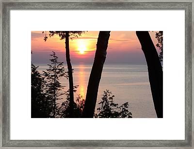 Northern Sunset Framed Print by Sarah Vandenbusch