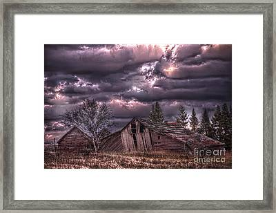 November Visits The Hollander Farm Framed Print by The Stone Age