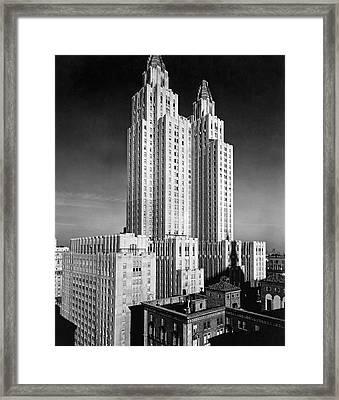 Nyc Waldorf-astoria Hotel Framed Print by Underwood & Underwood