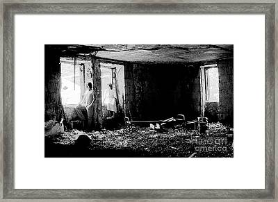 Oheka Castle Basement 1980 Framed Print by Ed Weidman