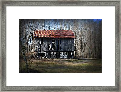 Old Barn With Tin Roof Framed Print by Bill Cannon