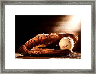 Old Baseball Glove Framed Print by Olivier Le Queinec