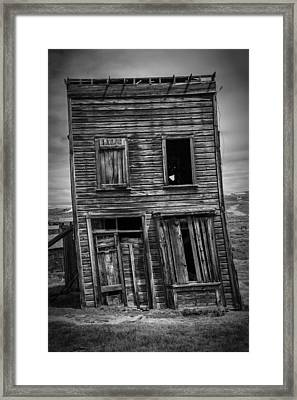 Old Bodie Building Framed Print by Garry Gay