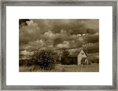 Old Farm On Island Framed Print by Daniel Martin