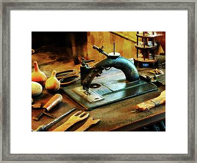 Old Fashioned Sewing Machine Framed Print by Susan Savad