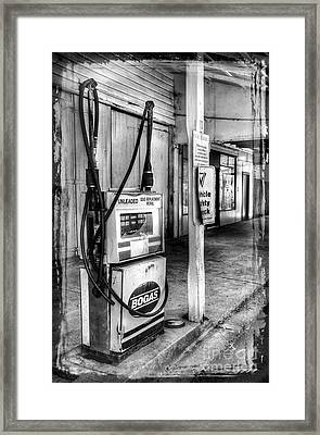 Old Fuel Pump - Black And White Framed Print by Kaye Menner