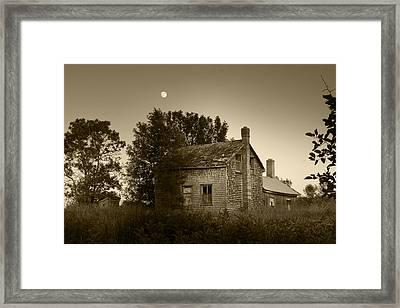 Old House In Moonlight Framed Print by Daniel Martin