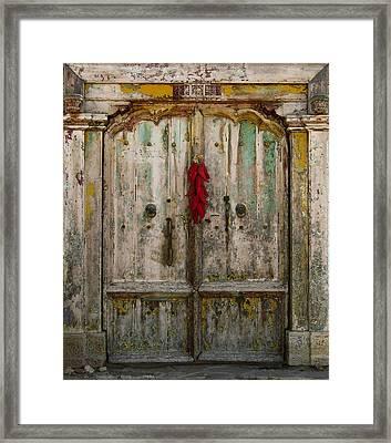 Old Ristra Door Framed Print by Kurt Van Wagner