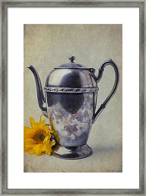 Old Teapot With Sunflower Framed Print by Garry Gay