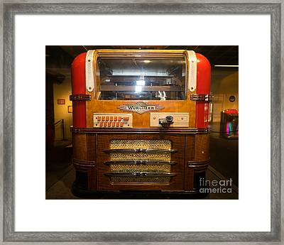 Old Vintage Wurlitzer Jukebox Dsc2816 Framed Print by Wingsdomain Art and Photography