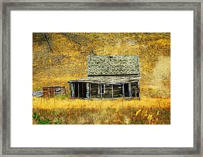 Old Washington Homestead Framed Print by Marty Koch