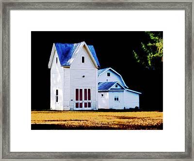 On Hwy B In Ogdensburg Wisconsin Framed Print by David Blank