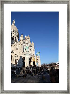 Outside The Basilica Of The Sacred Heart Of Paris - Sacre Coeur - Paris France - 01136 Framed Print by DC Photographer