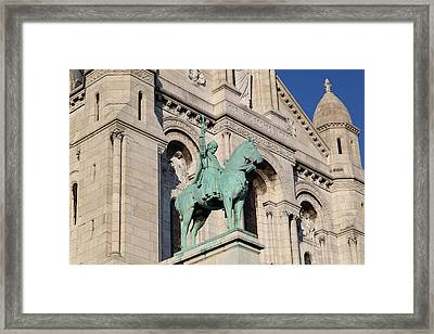 Outside The Basilica Of The Sacred Heart Of Paris - Sacre Coeur - Paris France - 01137 Framed Print by DC Photographer