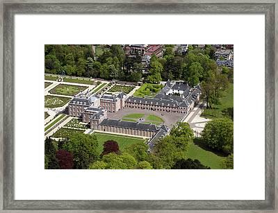 Paleis Het Loo, Apeldoorn Framed Print by Bram van de Biezen