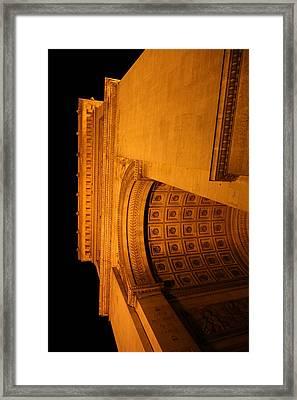 Paris France - Arc De Triomphe - 01132 Framed Print by DC Photographer