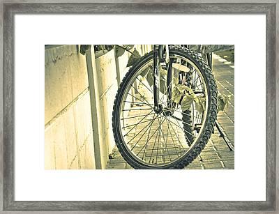Paused Framed Print by Anusha Hewage