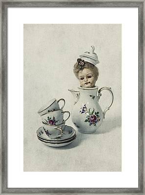 Peep-bo Framed Print by Joana Kruse
