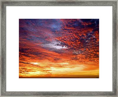 Perfect Ending Framed Print by Michael Durst