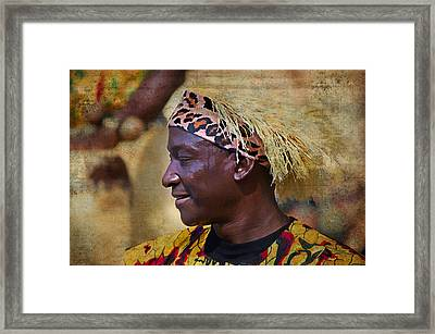Performer Framed Print by Kathy Jennings