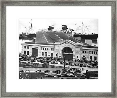 Pickets At The Sf Docks. Framed Print by Underwood Archives