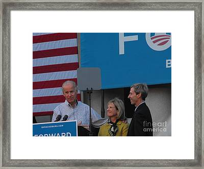 Politicians Framed Print by Lisa Gifford