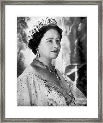 Portrait Of The Queen Mother Framed Print by Underwood Archives