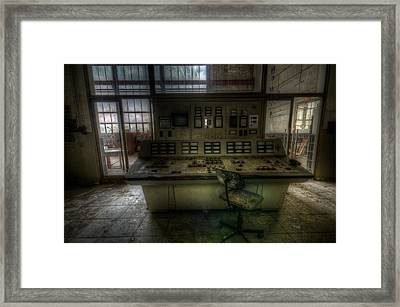 Power Seat Framed Print by Nathan Wright