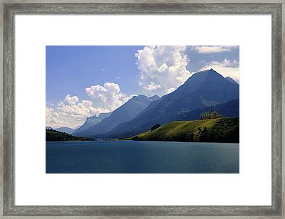 Prince Of Wales Hotel Framed Print by Andrew Soundarajan