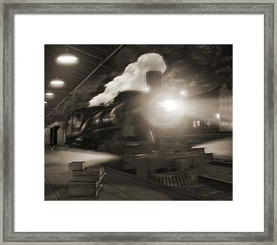 Pulling Out 2 Framed Print by Mike McGlothlen