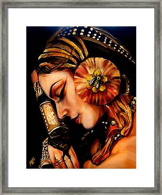 Queen Bee Framed Print by Em Kotoul