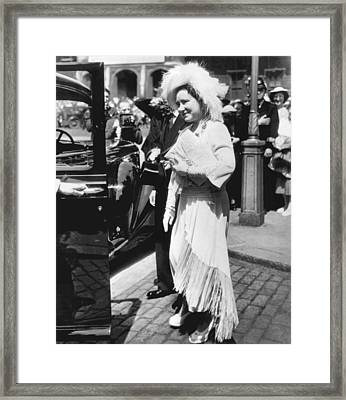 Queen Elizabeth Fashion Framed Print by Underwood Archives