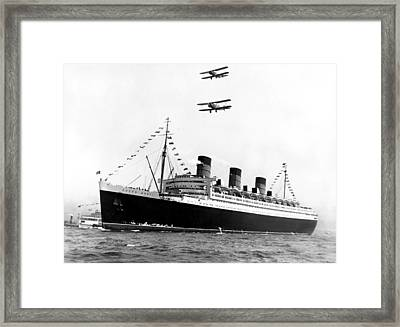 Queen Mary Maiden Voyage Framed Print by Underwood Archives
