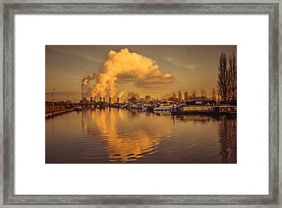 Ratcliffe-on-soar Framed Print by Chris Fletcher