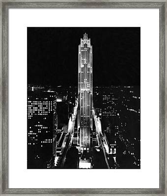 Rca Building At Night In Nyc Framed Print by Underwood Archives