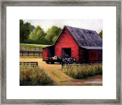 Red Barn In Leiper's Fork Tennessee Framed Print by Janet King