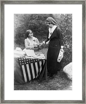 Red Cross Fundraiser, 1917 Framed Print by Granger