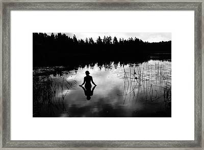Reflecting Beauty V2 Framed Print by Nicklas Gustafsson