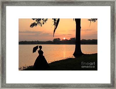 Reflecting Sunrise Belle Framed Print by Leslie Kirk