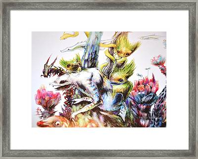 Reunion Del Bosque Fragmento Bestiarium Framed Print by Sergio Santurio