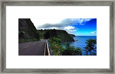 Road To Hana Framed Print by Jeff Klingler