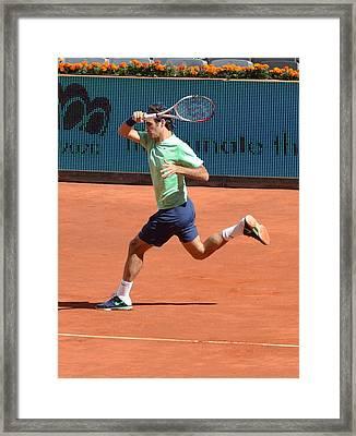 Roger Federer Framed Print by Seruddin Salleh