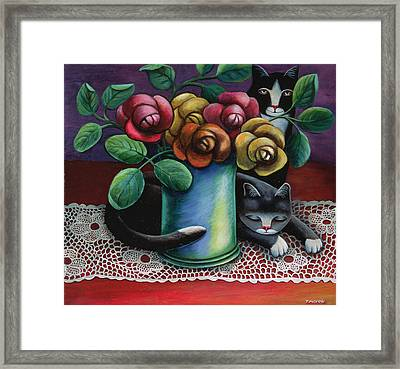 Roses And Old Lace Framed Print by Jerzy Marek