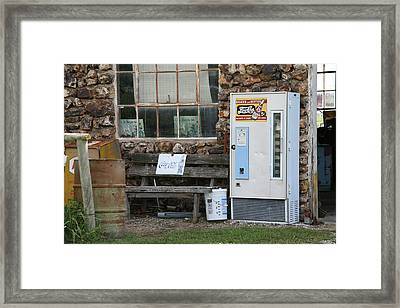 Route 66 Sinclair Gas Station Framed Print by Frank Romeo