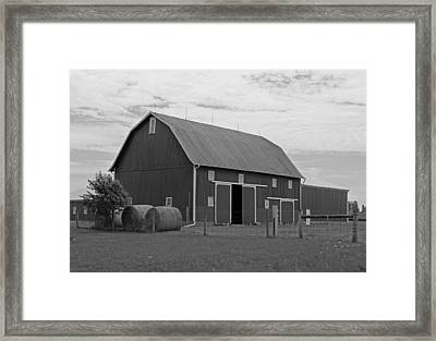 Rural Indiana Barn II - Black And White Framed Print by Suzanne Gaff