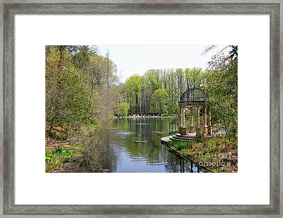 Saturday Afternoon At Longwood Gardens Framed Print by Trina  Ansel