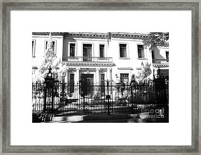 Savannah Georgia Historical District Homes - Southern Mansions Architecture Framed Print by Kathy Fornal