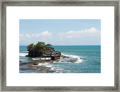 Sea Temple, Tanah Lot Temple, Tanah Framed Print by Panoramic Images