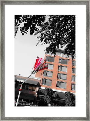 Seattle Red Umbrella  Framed Print by Guinapora Graphics
