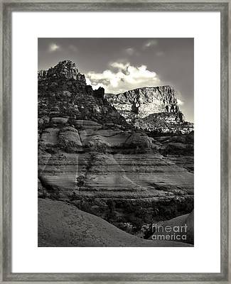 Sedona Arizona Mountains In Black And White - 02 Framed Print by Gregory Dyer